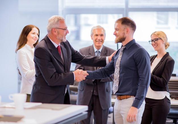 Unternehmensgründung Angebot Boss neuer GmbH Mantel GmbH