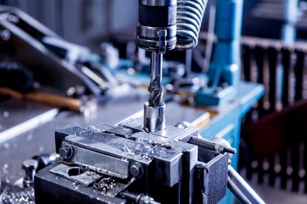 gmbh kaufen preis FORATIS CNC-Bearbeitung Sofortgesellschaften gmbh mantel kaufen vorteile