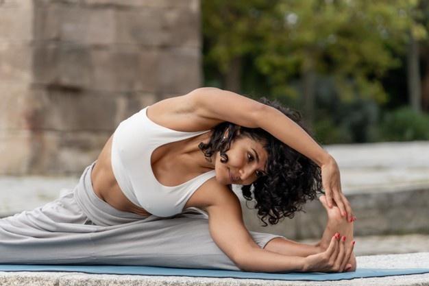 gmbh kaufen logistik Yoga übernehmen gmbh haus kaufen